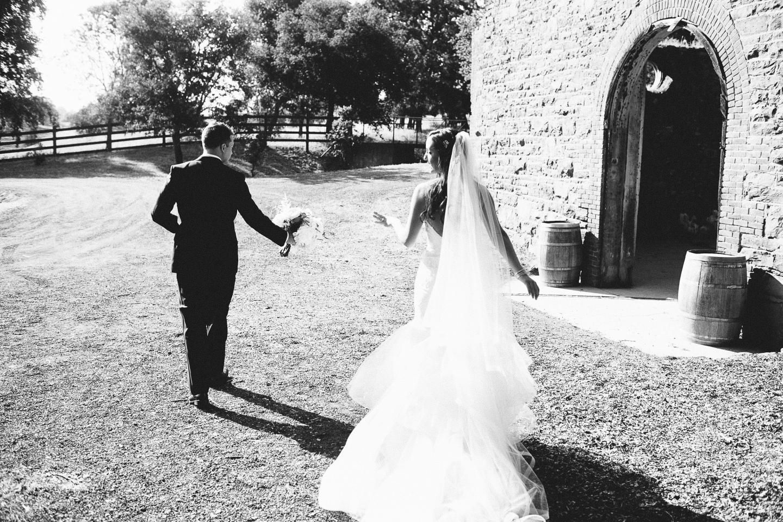 Sonoma_Wedding_Photographer_045_large
